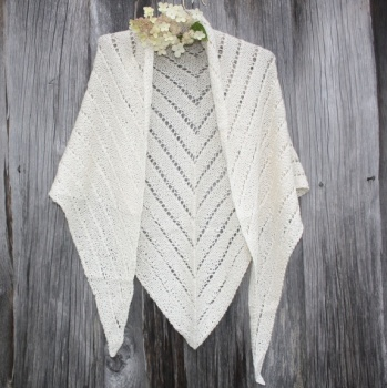 Supermjukt sjal i alpakka og silke http://epla.no/handlaget/produkter/668178/