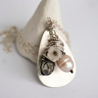 Håndlaget sølvsmykke Sara jewellery http://sarajewellery.no/?page_id=3825