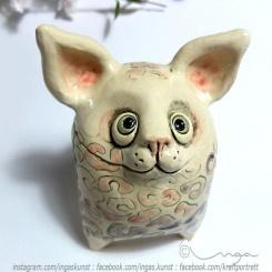 Ingaskunst Keramikk: nøtte/smågodt monster med rasle og tenner https://epla.no/handlaget/produkter/793432/