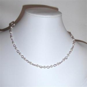 Smykkedama: Halssmykke i 925 Sølv. http://www.smykkedama.no/367825741/product/1396942/halssmykke-i-925-s%C3%B8lv?catid=220296