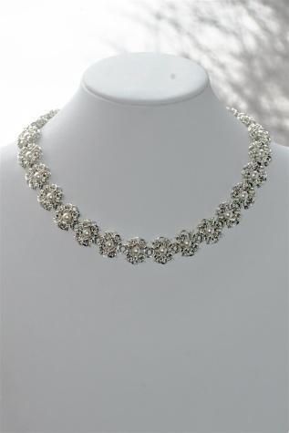smykke i 925 sølv http://www.smykkedama.no/367825741/product/767257/made-for-a-queen?catid=220296