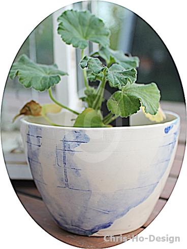 Chris-Ho-Design: Keramiske skål/hankløs kopp/krus//lyslykt/potteskjuler laget for hånd. Denne kan brukes til det meste og kan vaskes i maskinens mer skånsomme programmer. http://chris-ho.com/skal-kopp-u-hank---kobolt-dekor..html