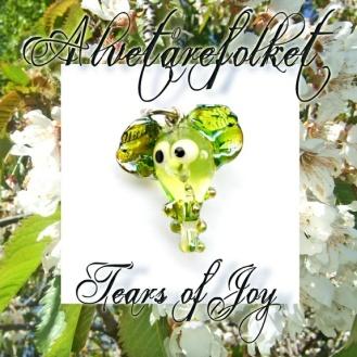 Trollsmed: Nydelige sommergrønn av Alvetårefolket - smykkeanheng https://epla.no/handlaget/produkter/802174/