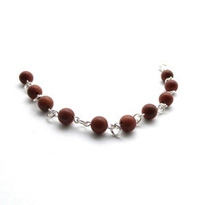 Smykkedama Armånd i 925s og gold stone http://www.smykkedama.no/367825741/product/1488188/arm%C3%A5nd-i-925s-og-gold-stone?catid=220296