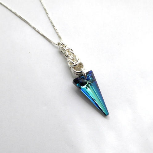 Smykkedama: Lekker blå http://www.smykkedama.no/367825741/product/1551725/lekker-bl%C3%A5?catid=220296