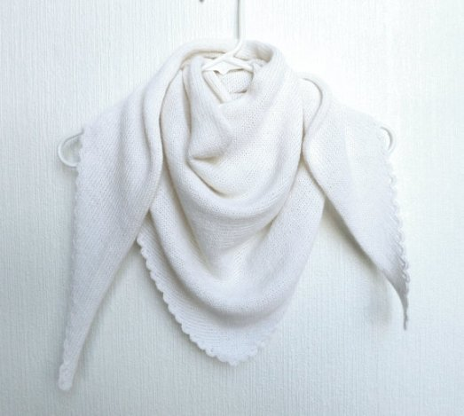 """Amy`s knitting: Sjal i Alpakka & Silke med """"blondekant"""" https://www.epla.no/handlaget/produkter/819230/"""