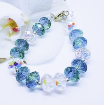 Kimmelinessmyker: Krystall og sølv armbånd https://www.epla.no/handlaget/produkter/835281/