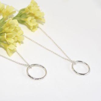 ZYLLA SMYKKER: Sølvring, smykke http://zyllasmykker.tictail.com/product/ring-smykke