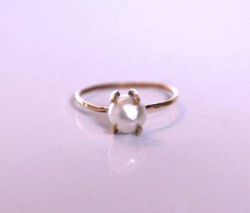 SARA JEWELLERY & DESIGN: BRONZE PEARL RING 450,- http://sarajewelleryanddesign.tictail.com/product/bronze-pearl-ring