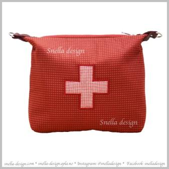 SNELLA DESIGN Reiseveske til medisiner http://www.snella-design.com/418874568/product/2354707/reiseveske-til-medisiner?catid=425820