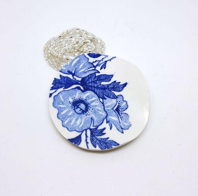 AV SUSANNE Anheng - blå anemone http://avsusanne.tictail.com/product/anheng-bl%C3%A5-anemone