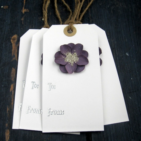 CirkelineDesign: Blomst - 4 store gavelapper https://www.epla.no/handlaget/produkter/882440/